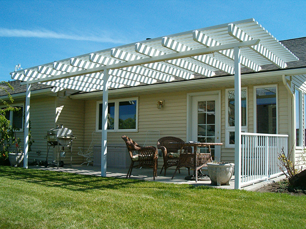 Good Sam_patio home pergola.JPG